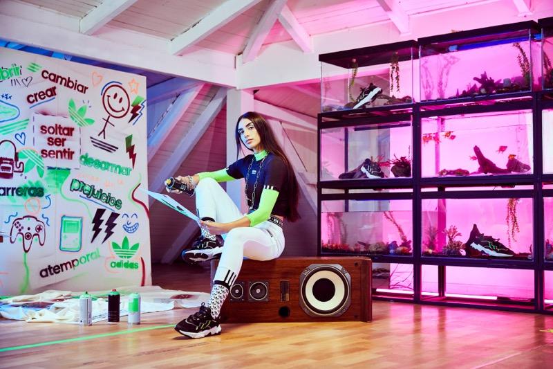 OZWEEGO, la silueta inspirada en los 90 pero con un diseño futurista - ozweego-adidas