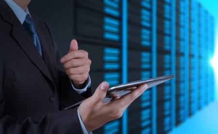 ¿Sabes cuántos servidores tiene tu empresa y cuánta gente los opera?