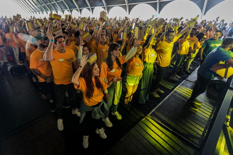 Mercado Libre celebra su 20 aniversario rompiendo una marca de Guinness World Records - 20_ancc83os_mercado_libre-800x533