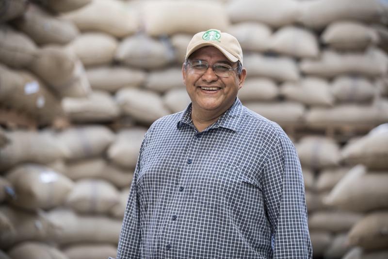 """El programa """"Todos Sembramos Café"""" de Starbucks llega a Oaxaca - caficultores-oaxaca"""
