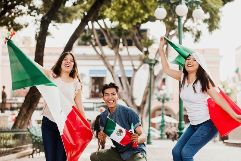 4 trucos de conectividad para disfrutar al máximo las fiestas patrias - fiestas-patrias-mexicanas-800x534