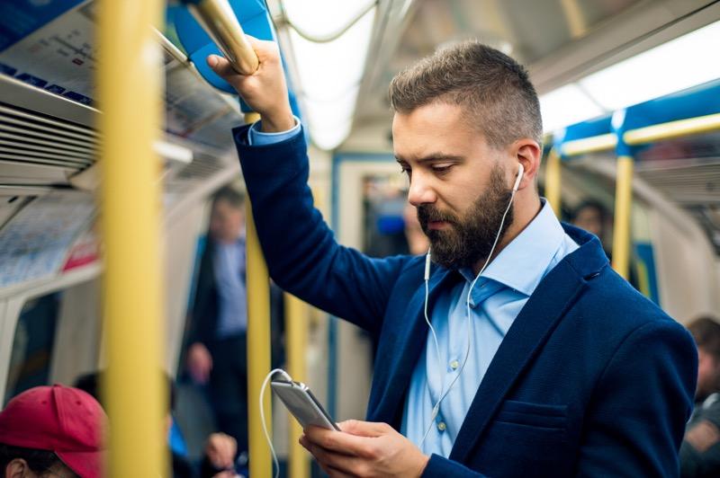 5 apps ideales para aprovechar el camino al trabajo - babbel-800x532