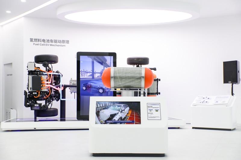 Hyundai apuesta por una movilidad más sustentable, impulsada por el hidrógeno - fcev-internal-mechanism