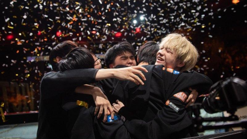 FunPlus Phoenix es el nuevo campeón mundial de League of Legends - fpx-final-worlds