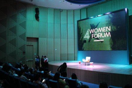 Más de 300 mujeres se reunieron en la tercera edición de 4Women Forum