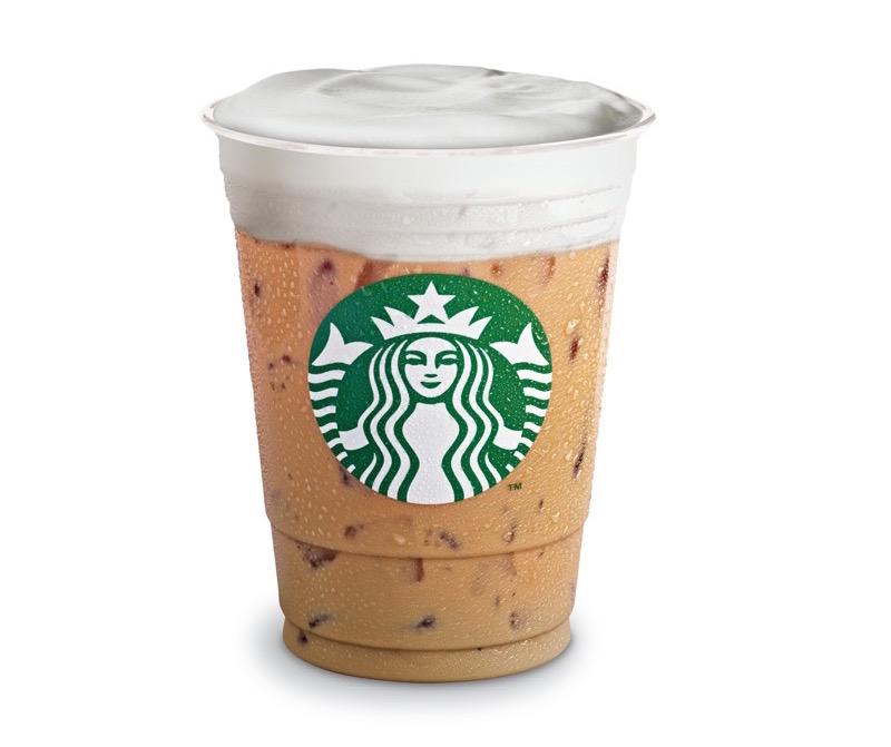 Las 10 bebidas originales de Starbucks ¡que tienes que probar! - latte-cold-foam-starbucks-800x671