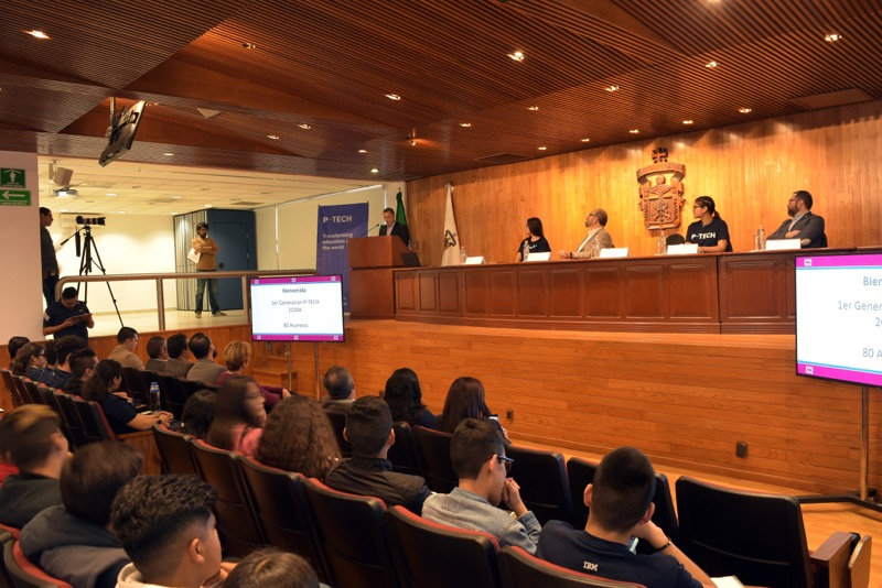 Inicia la primera generación del modelo P-TECH en la Universidad de Guadalajara