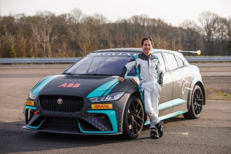 Mario Domínguez, es anunciado piloto VIP de Jaguar I-PACE eTROPHY en la Ciudad de México