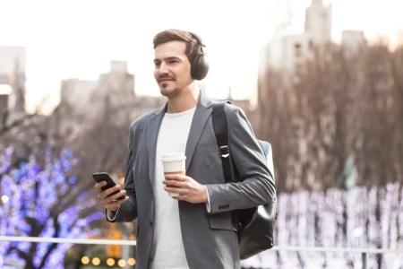 Nuevos audífonos de alta resolución HD605 de Panasonic con tres niveles de cancelación de ruido