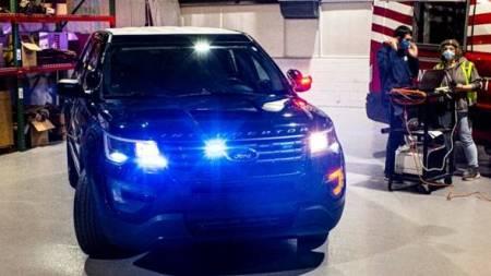 La tecnología de Ford podría ayudar a los vehículos de policía a neutralizar al COVID-19
