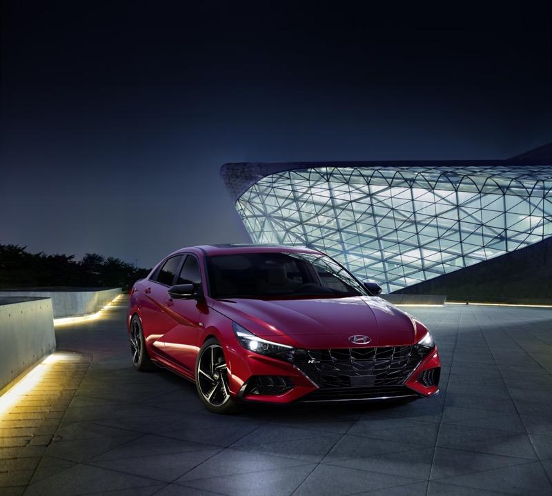 Hyundai lanza el nuevo Elantra N Line sedán - hyundai-elantra-n-line-4