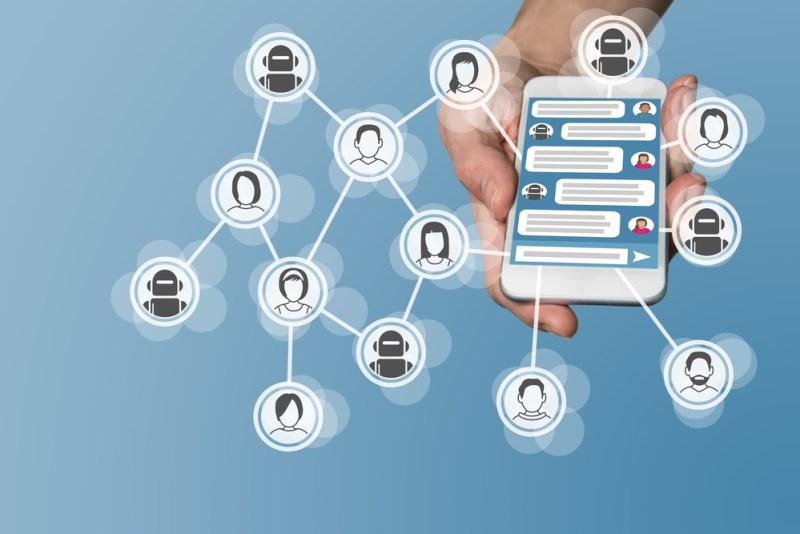 6 razones para optimizar la experiencia del cliente por medio de chatbots - chatbots-800x534