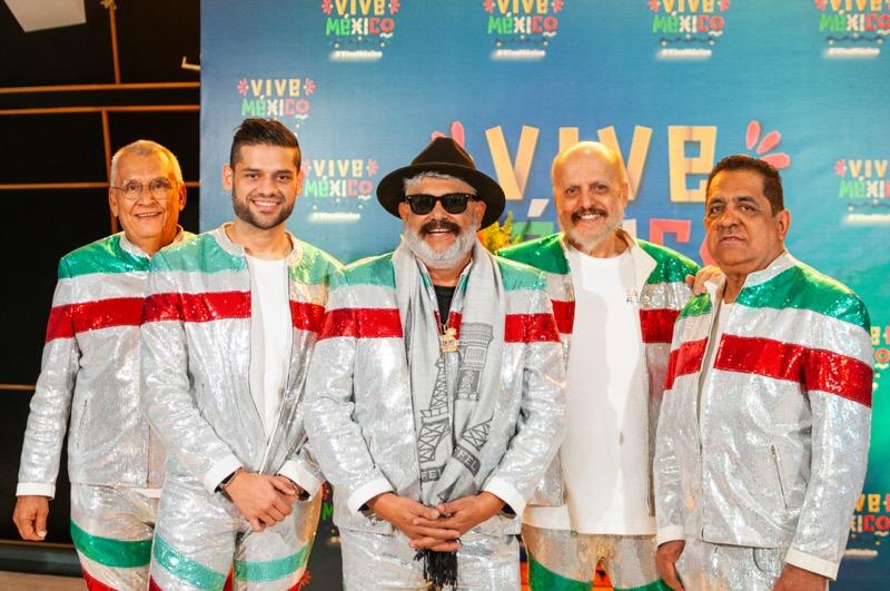 Vive México, ¡La Fiesta! emisión especial del 15 de septiembre - su-majestad-mi-banda-el-mexicano-de-casimiro-800x531