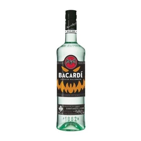 """Bacardí lanza su botella edición Halloween: """"Glow In The Dark"""""""