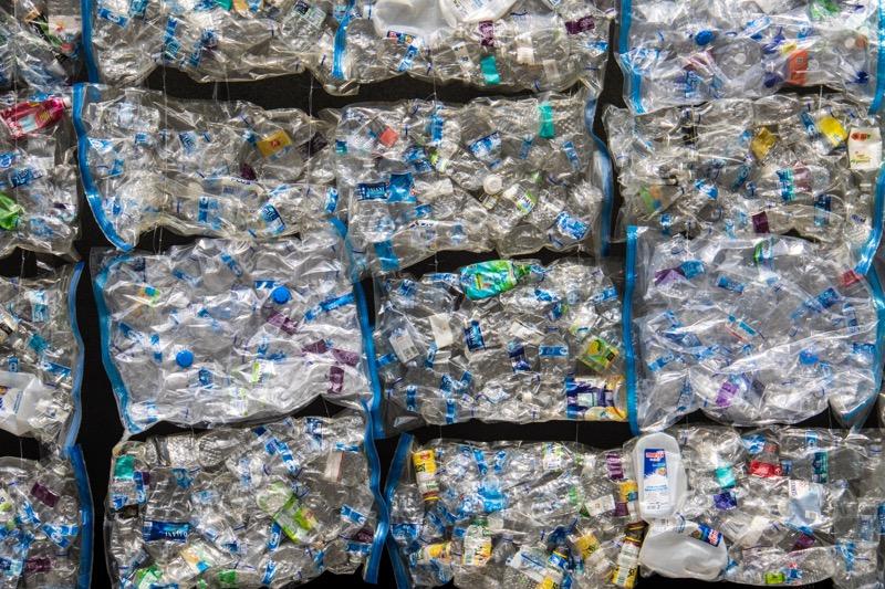 Reciclaje durante la pandemia, un factor que beneficia al planeta y ayuda a las industrias en su imagen y su negocio - reciclaje-tomra