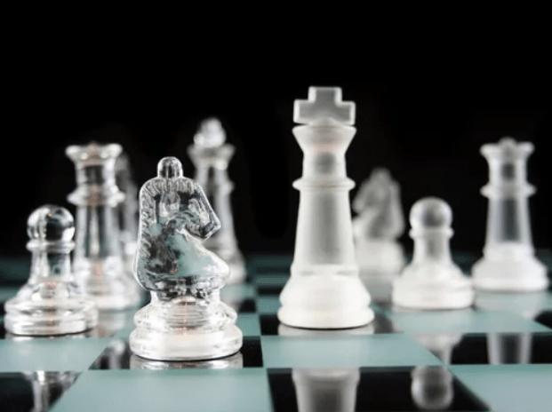 La serie Gambito de Dama dispara las ventas de ajedrez en Mercado Libre - ajedrez-mercado-libre_tablero-de-cristal