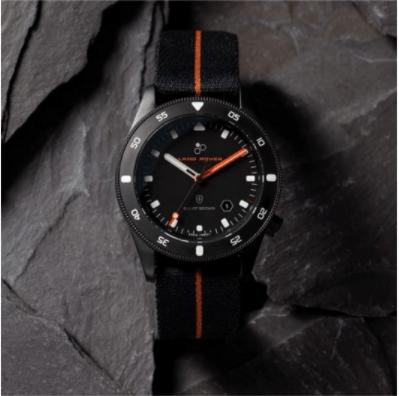 Nuevo reloj profesional Land Rover x Elliot Brown Holton - land-rover-elliot-brown-holton-professional-watch