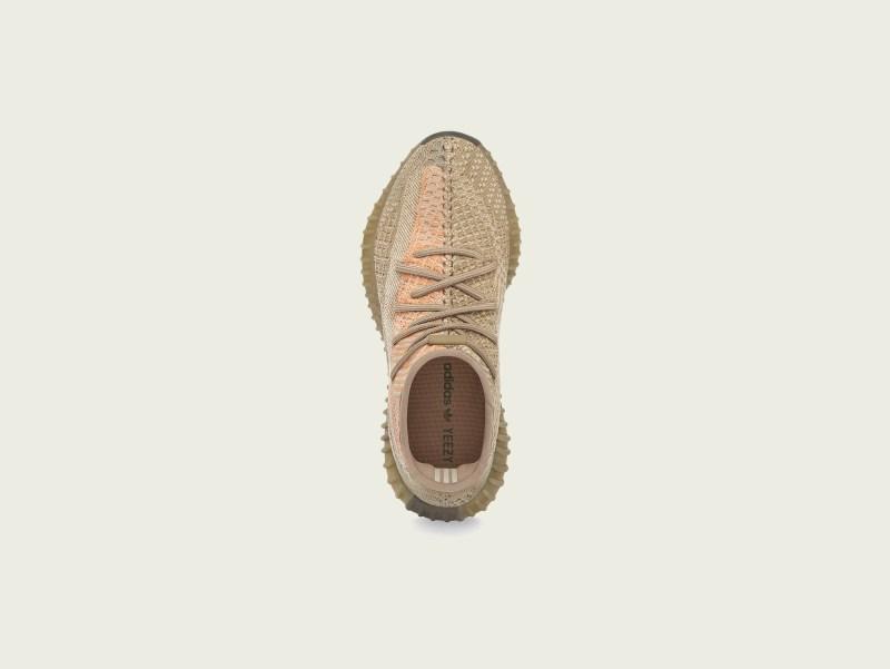 adidas + KANYE WEST anuncian el lanzamiento de YEEZY BOOST 350 V2 Sand Taupe - yeezy_boost_350_v2_yeezy_boost_350_v2_sand_taupe_top_pr72