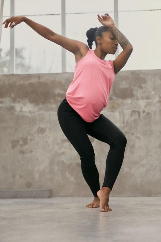 Adidas lanza su primera colección de maternidad - adidas-coleccion-de-maternidad-6-533x800