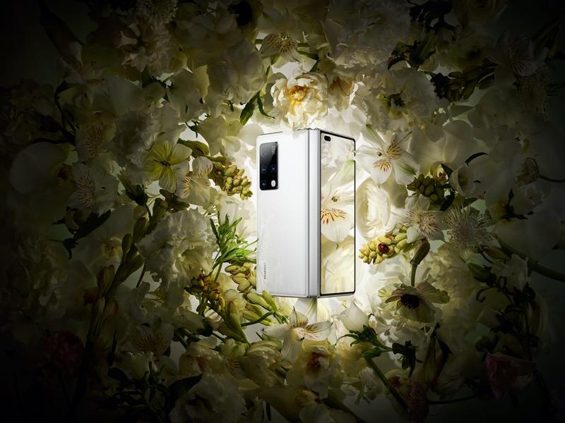 HUAWEI Mate X2, el smartphone insignia plegable de Huawei ¡Conoce sus características! - huawei-mate-x2-plegable-blanco