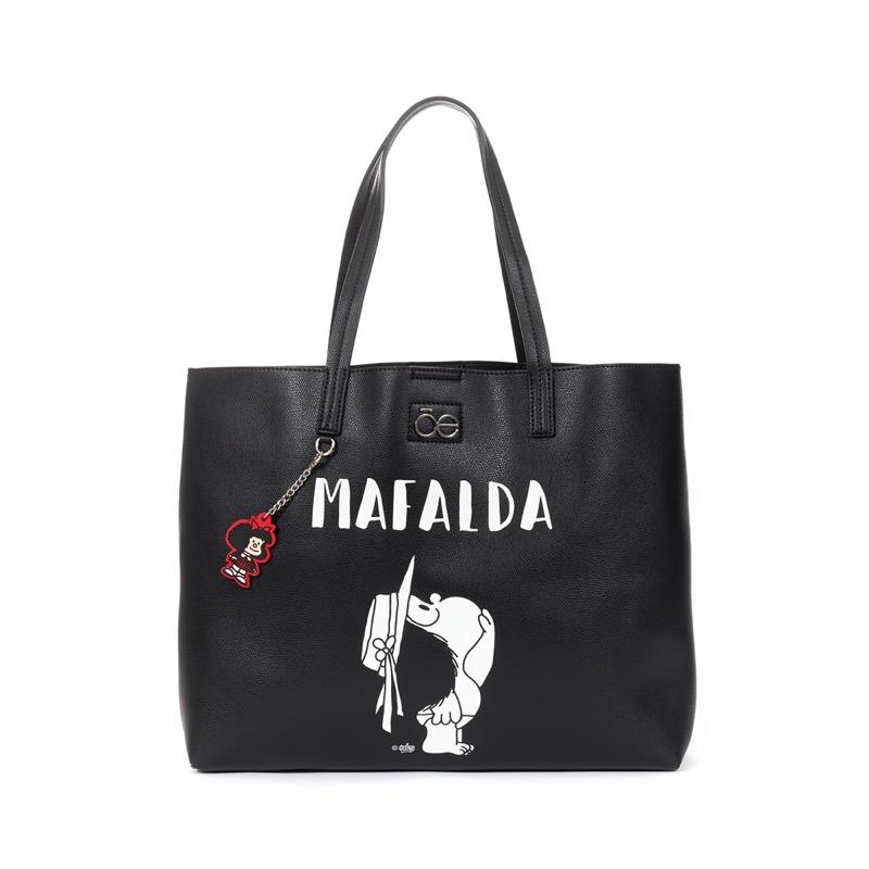 Mafalda x Cloe: una colección que conmemora a la mujer - mafalda-cloe-12-800x800