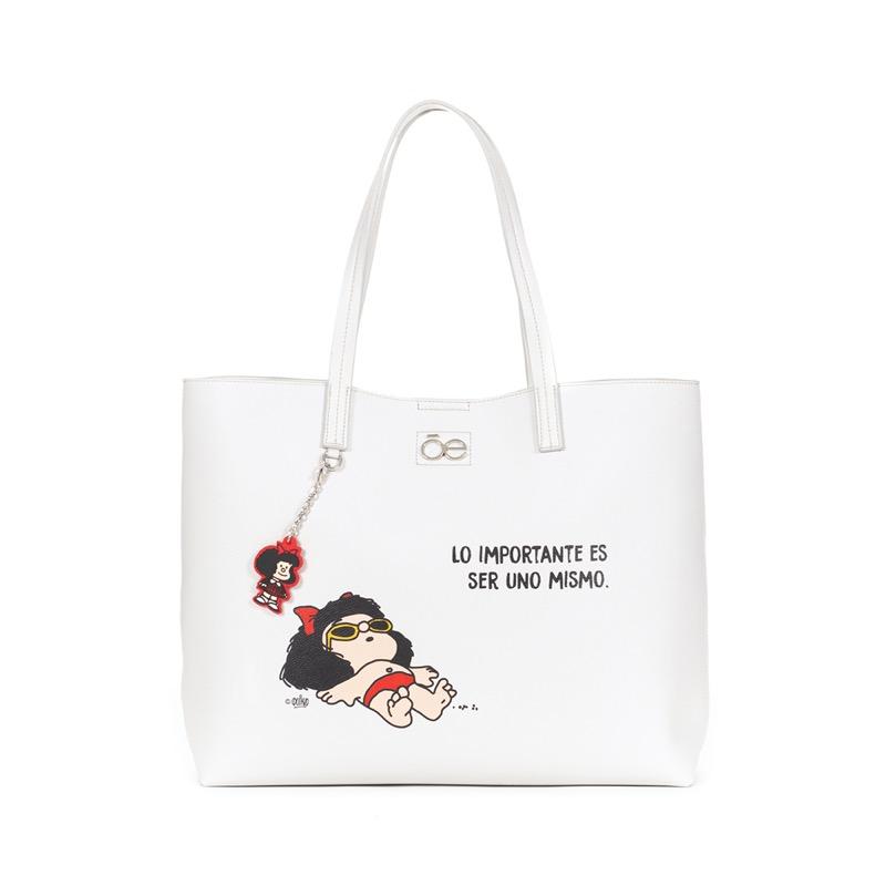 Mafalda x Cloe: una colección que conmemora a la mujer - mafalda-cloe-13-800x800