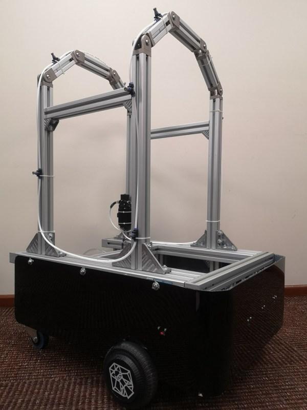 Robocov: robot para combatir el COVID-19  creado por el  Tec de Monterrey - robocov-tec-de-monterrey-600x800