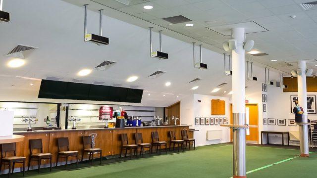 Signify instala iluminación UV-C para proteger a los jugadores del equipo Harlequins en Londres - signify-uvc-harlequins-iluminacion-uv-c