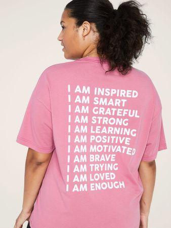 Victoria's Secret PINK celebra a las mujeres con sus T-shirts con mensajes inspiradores