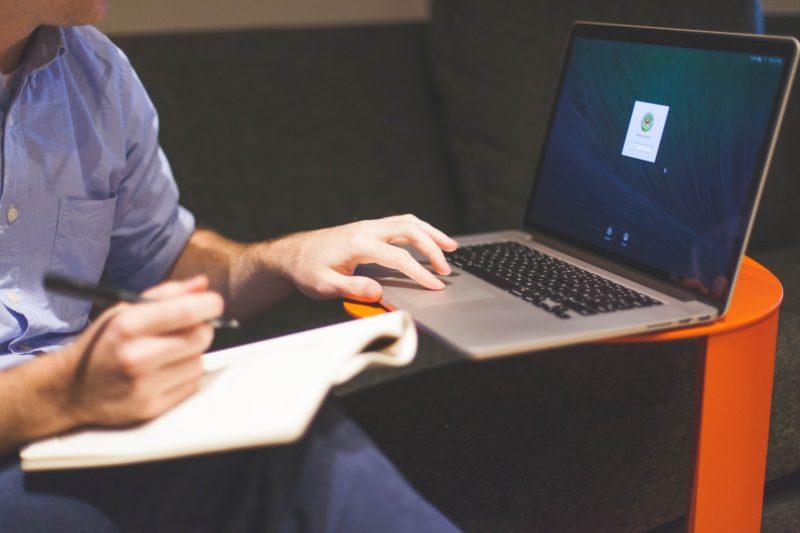 Día Mundial del Emprendimiento: cómo evitar el fraude electrónico - dia-mundial-del-emprendimiento-entrepreneur-800x533