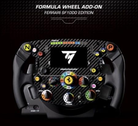 Thrustmaster presenta una réplica para carreras de simulación del volante del Ferrari SF1000