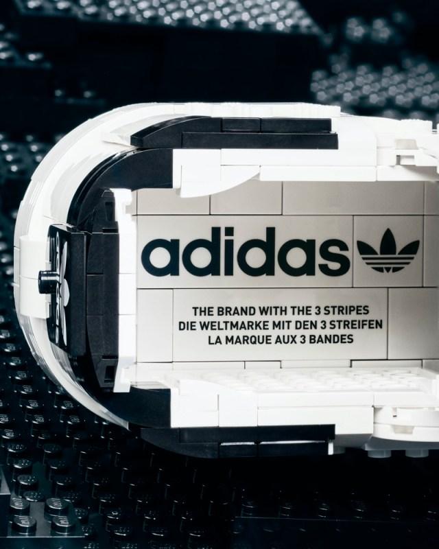 adidas Originals y LEGO lanzan silueta Superstar edificable con ladrillos de LEGO - adidas-superstar-lego-brick-shoe-1-640x800