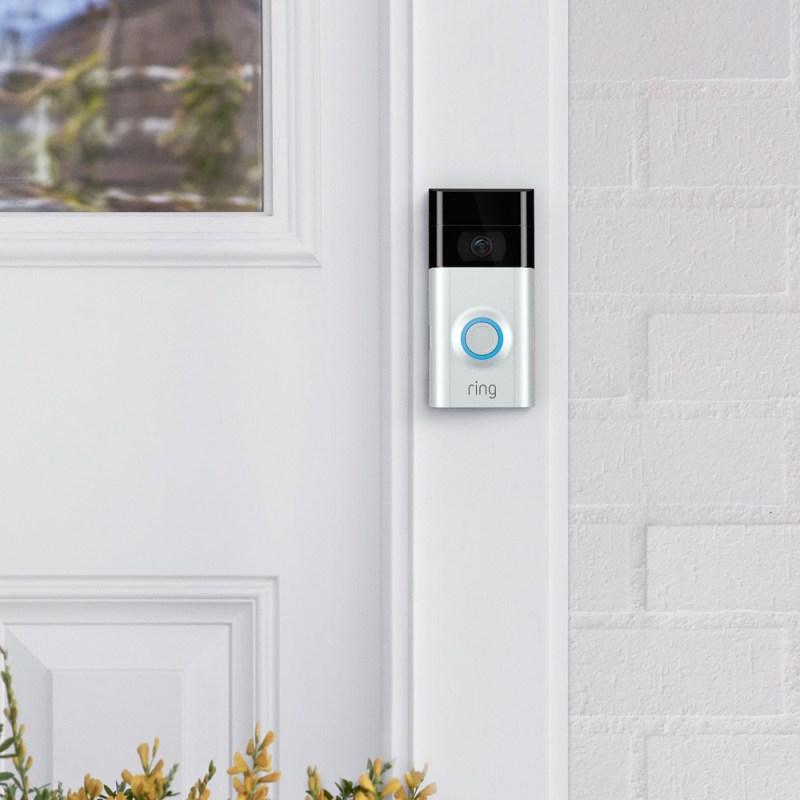 5 productos inteligentes para hacer de tu vida un poco más sencilla - camara-de-seguridad-800x800