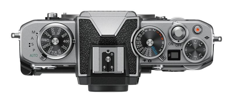 Nikon lanza la cámara sin espejo Z fc y más lentes compactos NIKKOR Z - camara-zfc-top