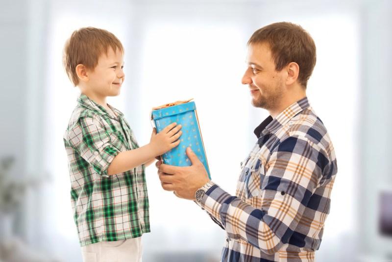 Gadgets para regalar a papá este Día del Padre - dia-del-padre-800x534