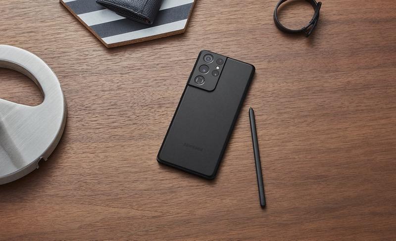 """MWC 2021: Samsung Galaxy S21 Ultra 5G es galardonado como """"Mejor Teléfono Inteligente"""" - galaxy-s21-ultra-lifestyle-black-spen"""