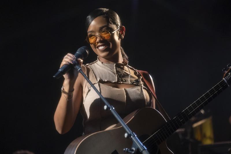 Amazon lanza el tráiler oficial del Prime Day Show, con los artistas Billie Eilish, H.E.R. y Kid Cudi - prime-day-show-her
