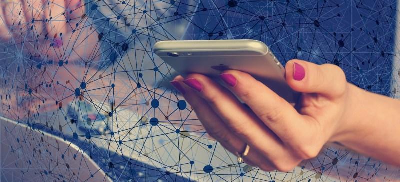 El smartphone: la nueva gran herramienta de trabajo - smartphone-herramienta-de-trabajo-800x365