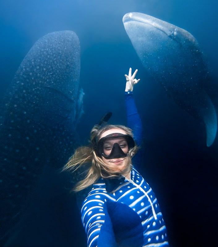 Cómo capturar las mejores tomas bajo el agua este verano - gopro-news-gopro-as-a-snorkeling-dive-camera-selfie-4-705x800