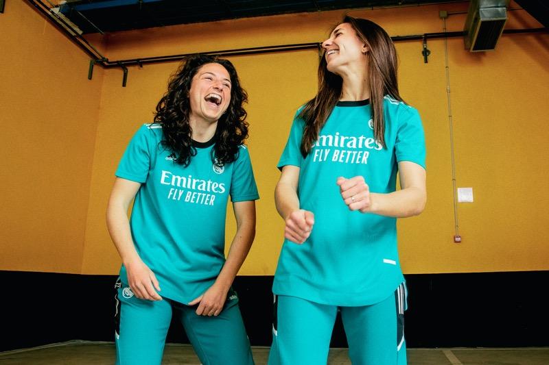 adidas y Real Madrid presenta el tercer uniforme para la temporada 2021/22 - adidas-real-madrid-jersey-mujeres