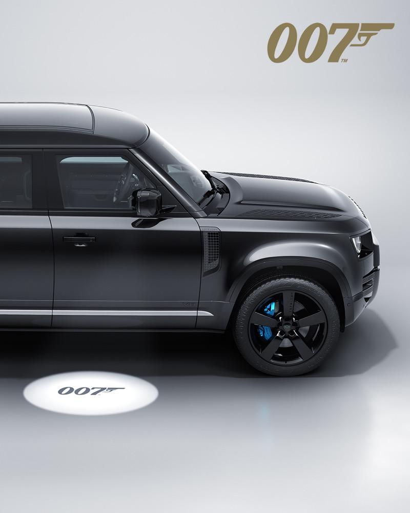 Defender 110 V8 Bond Edition versión exclusiva basada en la película de James Bond llegará a México - land-rover-defender-v8-james-bond-1