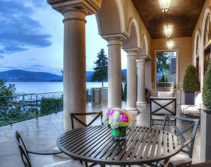Luxury Listing Of The Day Stately Lake Sammamish Home In