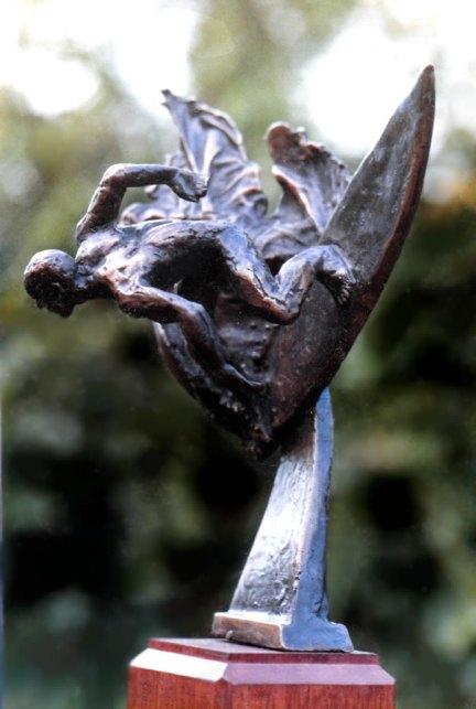 Bronze surfing trophy #1