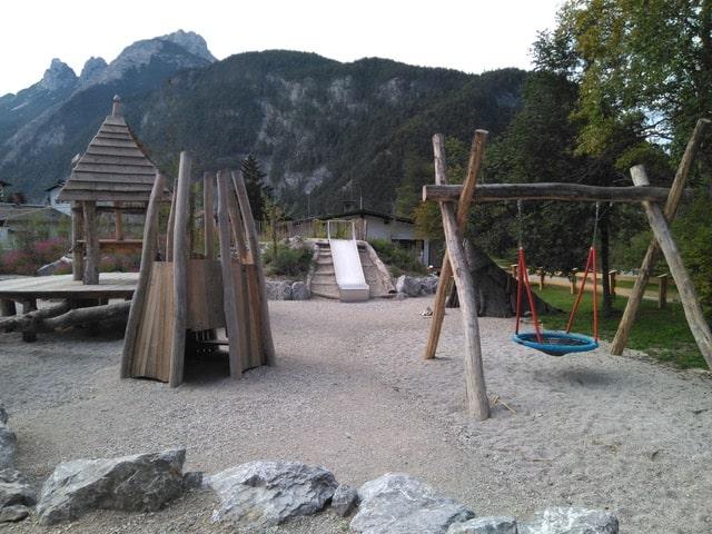 Spielplatz am Holzer Museum