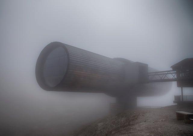 Naturinformationszentrum Karwendel im Nebel