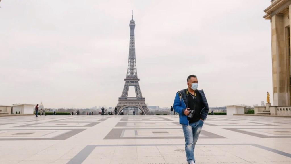Francia exigirá certificado de vacunación contra Covid-19 en restaurantes