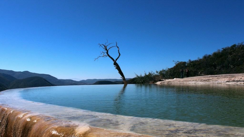 Reabren Hierve el Agua tras más de un año de cierre