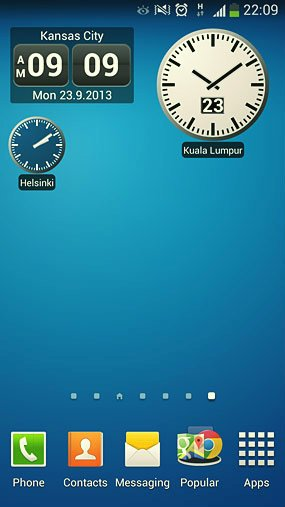8 free android apps that show multiple clocks on home screen webcazine world clock widget2 gumiabroncs Choice Image