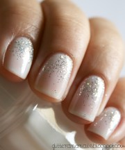 subtle sparkly nails pretty