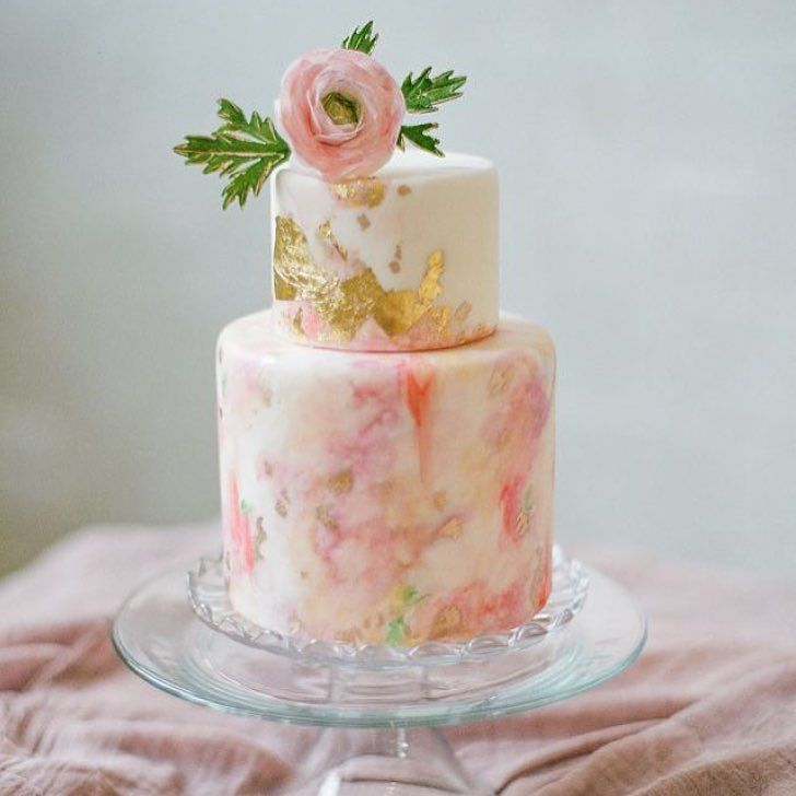 Quite possibly the prettiest cake I've ever seen! Designed by FeaturedWeddingPro @melissasfinepastries by